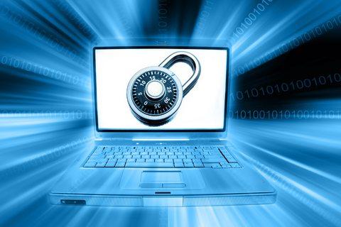 Computer_security_padlock_laptop