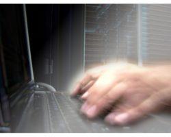 hacker2-250x200.jpg