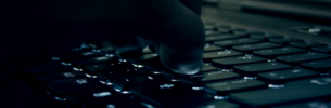 hacking-305x100.png